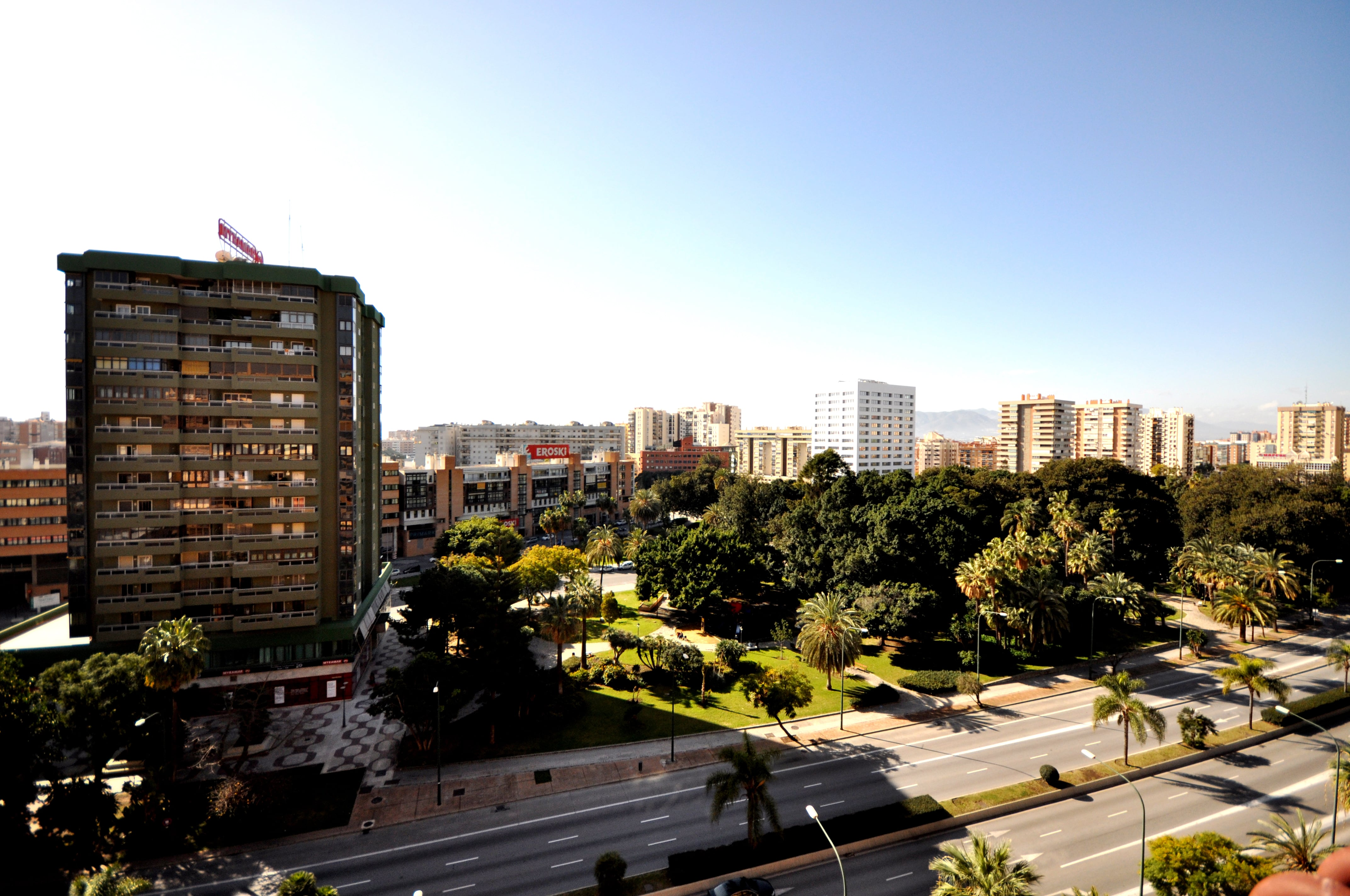 Comprar piso en avenida de andalucia m laga unicasa home for Compro piso en sanxenxo